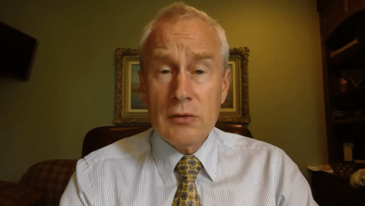 Doctor Warns Shots Killing Large Numbers Of People, FDA & Big Pharma Covered Up Jab Ineffectiveness & Provides Public With Outpatient Treatment Guide (Video)