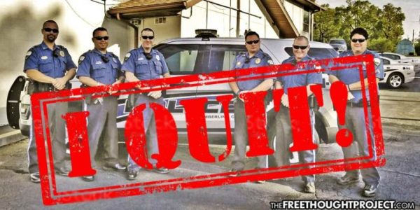 Entire Police Dept Abandons Their Jobs Permanently and Town Doesn't Descend Into Chaos